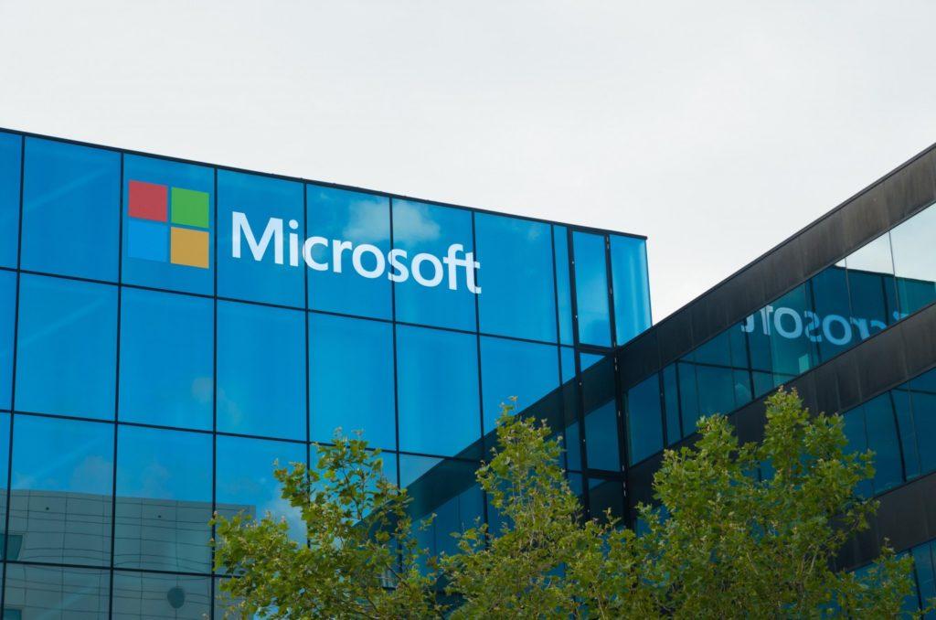 Microsoft'un 250 Milyon Kullanıcı Bilgisini Şifresiz Sakladığı Ortaya Çıktı!