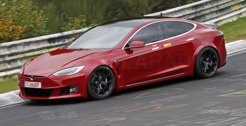 Tesla Model S, Son 10 Yılın En İyi Aracı Seçildi!